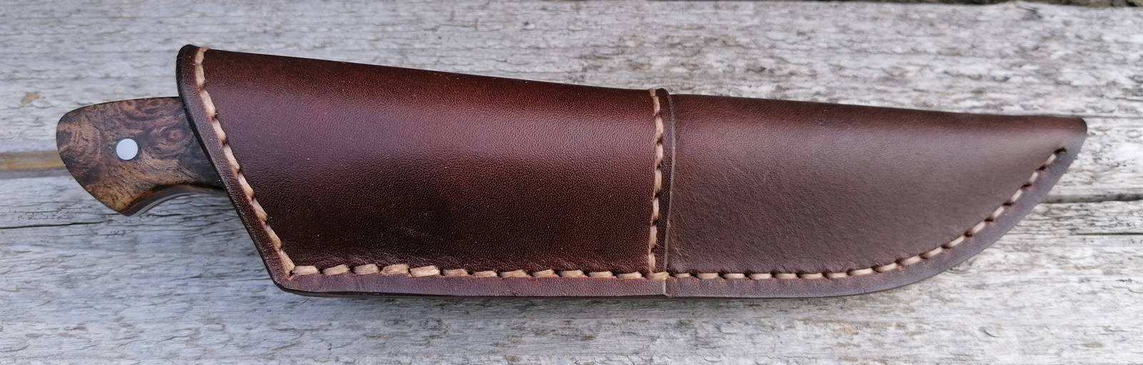 Handgemachtes Jagdmesser Gams Nuss